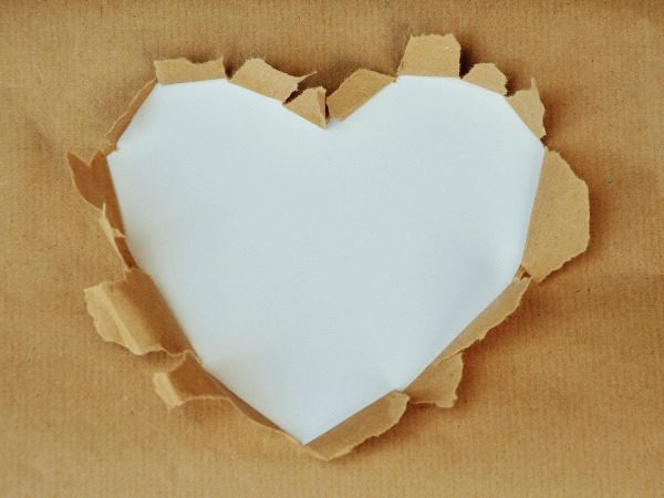 heart-wrapping-paper